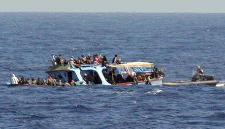 Nuovo naufragio di migranti: oltre 100 i morti