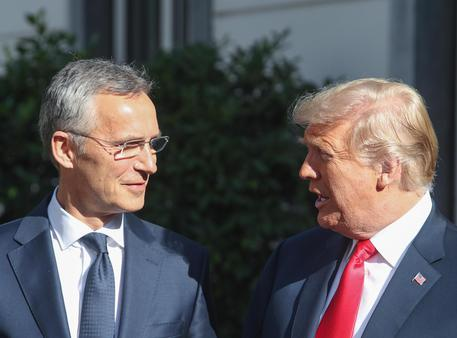Nato: Trump insiste, Germania non paga
