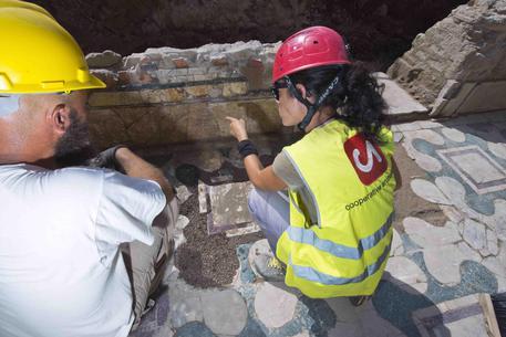 Archeologia: scoperti edifici I e IV secolo su sponde Tevere © ANSA