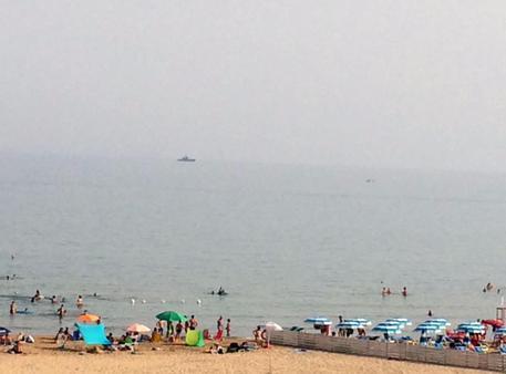 Due navi Frontex, bloccate al largo di Pozzallo$