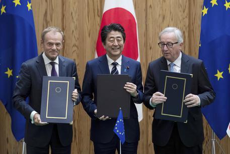 Firmato accordo libero scambio Ue-Tokyo