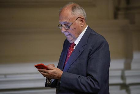 Usura bancaria, indagato a Campobasso ministro Paolo Savona © ANSA
