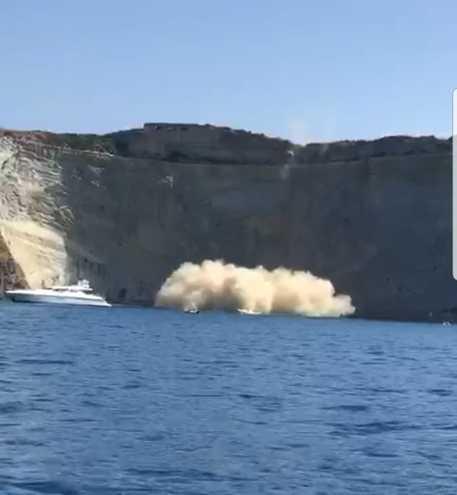 Crollo rocce a Ponza, nessun ferito - Ultima Ora - ANSA.it
