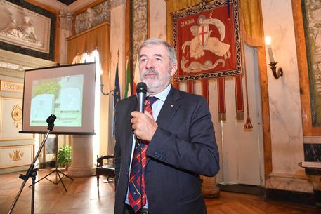 Genova chiede i soldi alla Regina per la bandiera di San Giorgio
