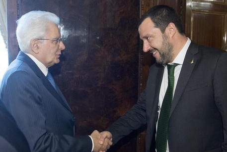 Sergio Mattarella e Matteo Salvini durante le consultazioni