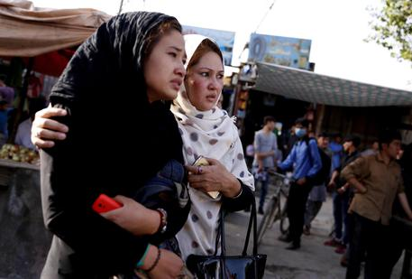 Strage di studenti a Kabul: 48 morti