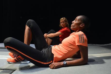 Teatro: Fiona May, in scena corro la Maratona di NY