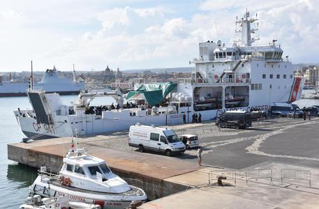 Nave Diciotti, quarto giorno in porto a Catania: oggi presidio della Cgil