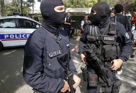 Attacco con coltello in Francia: un morto