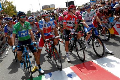 Vuelta: Clarke si aggiudica la quinta tappa, Molard nuovo leader della corsa
