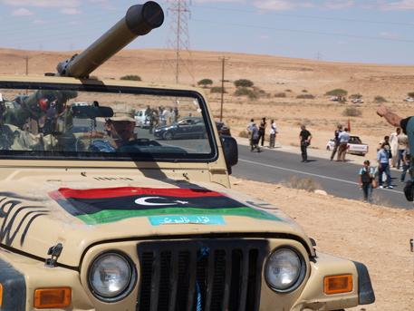 Libia: governo Sarraj, attaccare milizie fuorilegge