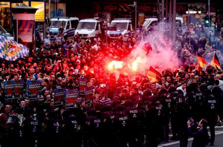 A Chemnitz è stata caccia a straniero, Afd in piazza