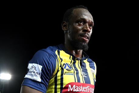 Bolt dice basta con il calcio