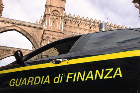 Palermo, venti tonnellate di hashish nascoste nel gasolio