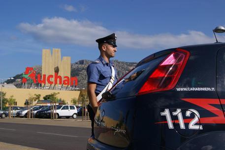Palermo, rubavano ciclomotori nei centri commerciali: arrestati$