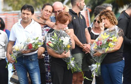 Genova, Toti a Governo: 'Aiuti, non disturbi'. Sindaco: 'E' il nostro Ground Zero'. Mattarella: 'Scelte concrete per la città'