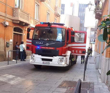 Rogo in ristorante a Cagliari, no feriti