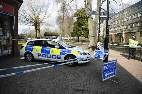 Paura Novichok a Salisbury, la polizia esclude l'avvelenamento