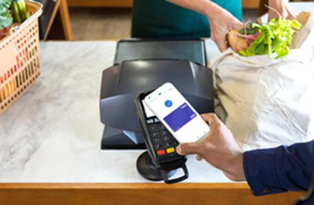 Arriva in Italia Google Pay, sfida a Apple