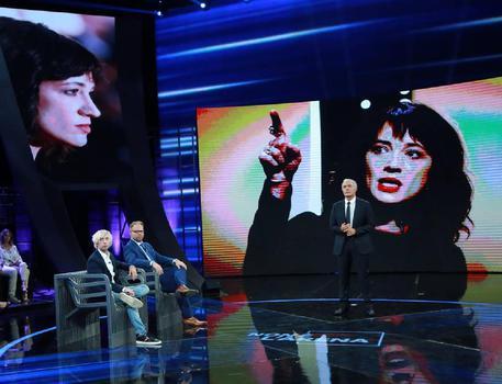 Jimmy Bennett a 'Non è l'Arena': 'Asia Argento mi ha violentato'