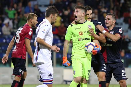 Samp sbaglia rigore al 92', a Cagliari finisce 0-0