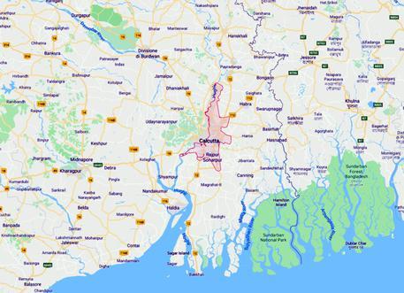 Crolla ponte a Calcutta: auto e persone intrappolate sotto le macerie