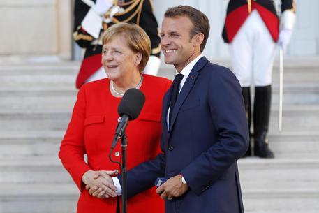 Francia: si dimette anche il portavoce di Macron - Politica