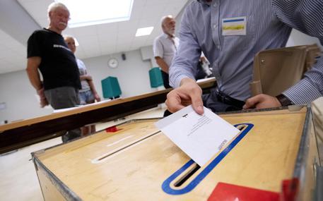 Svezia: populisti crescono ma si fermano al 17,7%