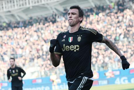 Infortunio per Mandzukic: niente Juventus-Milan, salta la Supercoppa