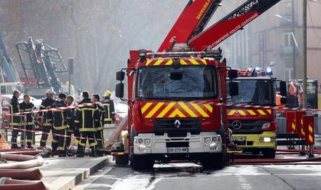 Francia, crolla tunnel ferroviario nel Sud: un disperso