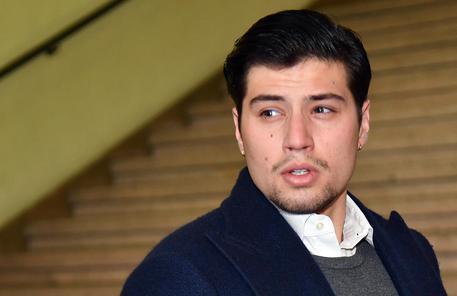 Aggressione a Bettarini jr, fuori dal carcere l'accoltellatore