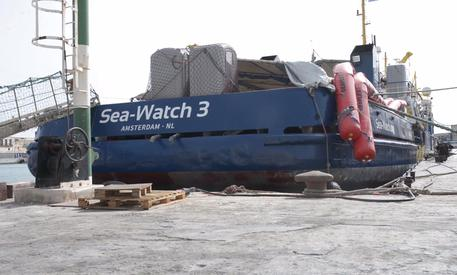 Sea Watch, odissea di capodanno per 49