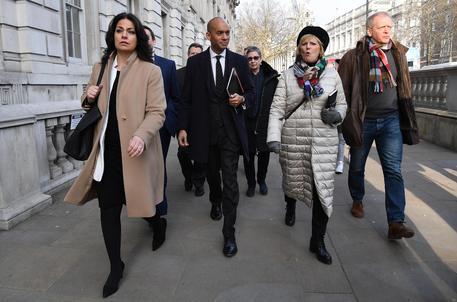 Brexit, Corbyn finisce sotto attacco. 7 deputati lasciano, Labour dilaniato