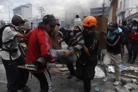 Il governo dell'Ecuador annullerà la revoca dei sussidi per il carburante