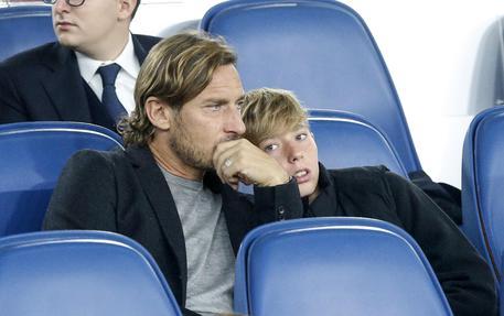 Roma Milan Totti torna in Tribuna da ex