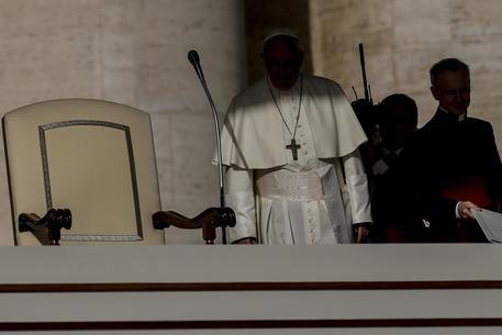 Libro Nuzzi, Vaticano sull'orlo del crac