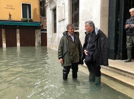 Venezia devastata dalle acque. E non è ancora finita