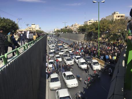 Proteste in Iran, pugno duro di Teheran