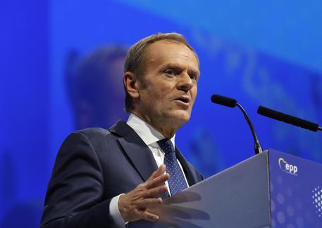Berlusconi cade a Zagabria, ricoverato a Milano: le condizioni