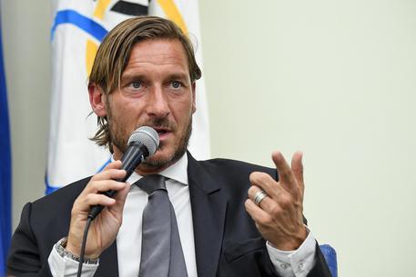 Sorteggio Euro 2020, Italia nel Gruppo A con Turchia, Svizzera e Galles