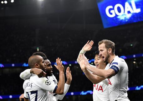 Mou ringrazia il raccattapalle assist-man - Sportmediaset