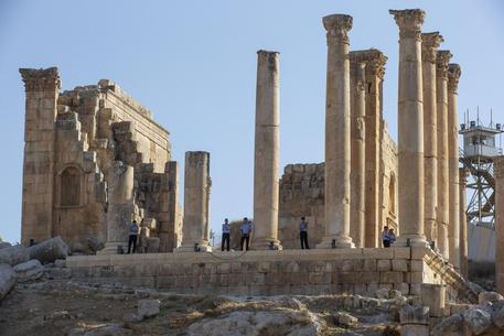 Feriti turisti in Giordania: assalitore con coltello a Jerash