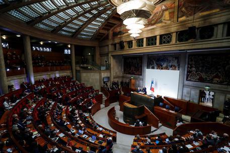 Francia l'età per la pensione a 62 anni non cambier