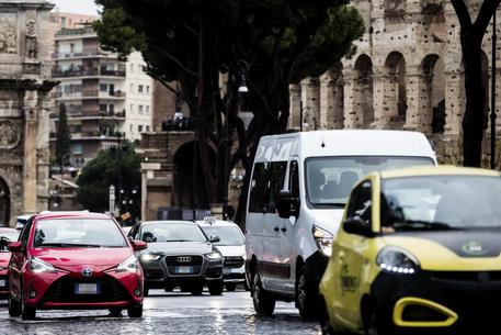 Roma, traffico record: solo Bogotà fa peggio