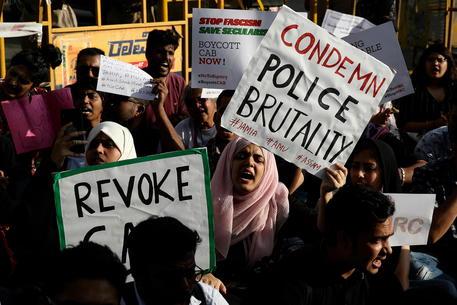 India, nuove proteste contro legge su immigrazione