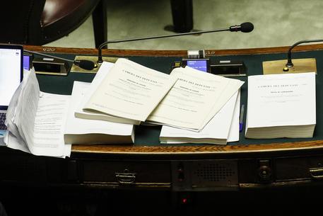 Manovra, passa il testo con 334 voti favorevoli