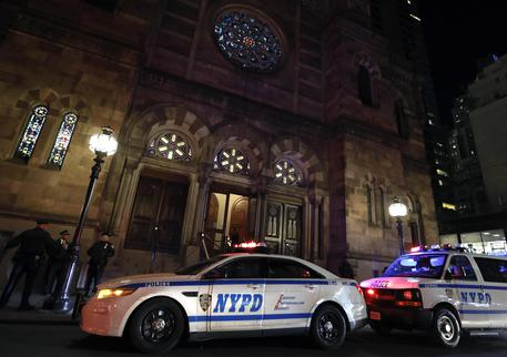 Attacco con machete in una casa di un rabbino a New York
