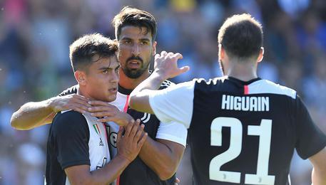 Juventus, Khedira non ce la fa: tornerà nel 2020