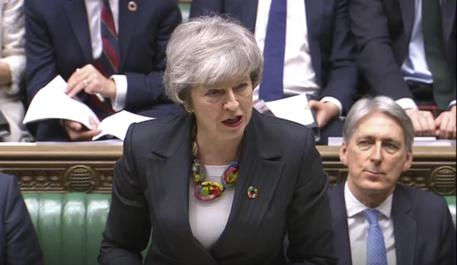 Brexit, Theresa May di nuovo alle prese con Juncker