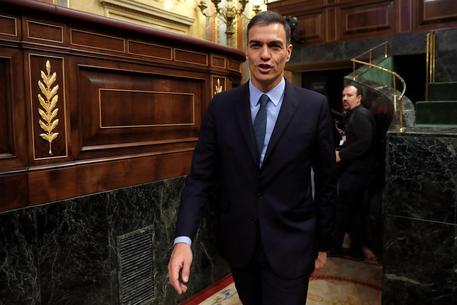Spagna, il Parlamento boccia la manovra del governo: verso le elezioni anticipate